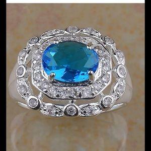 Beautiful Blue & White Topaz Ring Size 7